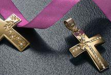 crosses triantos