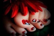 Toe nails / by Kristy Trent