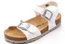 kids shoes for narrow feet that need support / Shoes for hard to fit feet