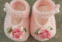Baby knitted shoes etc