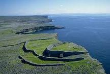 Cliffs of Moher/ Aran Island 2 day tour / www.wildrovertours.com