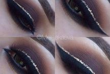 Gold eyeliner eyes