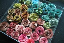 Paper Flowers ideas / by Lena Santos