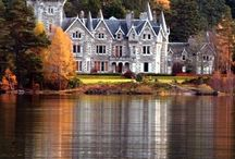 castles & chateau / by Regina Christopher