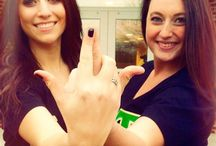 Throw what you know! / Beta Mu chapter of Alpha Sigma Tau throwing what they know!