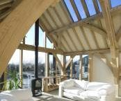 Carpenter Oak Extensions / A chance to get inspired and ideas for your dream oak extension. A selection of our past extension projects.