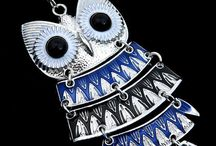 Owls, owls & more owls! / We might have a slight obsession...