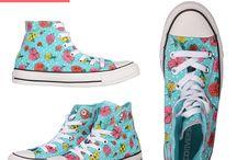 Converse / Pantofii sunt banali... Poarta tenisi!