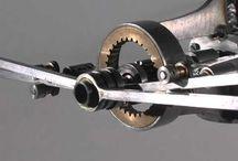 Mekanik / hareketli mekanizmalar.