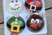 Holiday/ Seasonal Crafts / by Madison Reeser