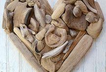 Flat driftwood heart / Small art