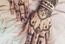 tattoo dłonie