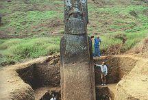 Húsvét-sziget, Easter Island / Rejtélyes szobrok.