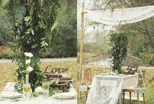 Tafel decoratie / Wedding table / Vind hier je inspiratie voor je tafel decoratie! Het ontbijt, lunch of diner je ziet hier verschillende opties. Ook toffe centerpieces voor op je tafel te zetten.