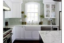 Pretty Kitchens / by Dana Moersfelder