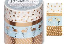 Washi Masking Tape Klebeband / Masking-Tape Der Deko- und Bastel-Trend aus Japan!!! Was ist Masking-Tape? Masking-Tape, auch Washi-Tape genannt, sind trendige Klebebänder aus Reispapier! Sie eignen sich zum Basteln, Dekorieren oder einfach als dekorativer Klebefilmersatz. Kein Werkzeug, keine Vorbereitung, keine Einschränkungen. Mit japanischem Masking-Tape lässt sich so ziemlich alles bekleben. Und das Beste: Es lässt sich auch genauso schnell wieder entfernen.