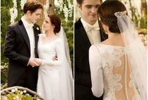 10  свадебных платьев вошедших в историю свадебной моды / И так, представляем вам 10 свадебных платьев, которые оставили свой след в истории моды. А теперь вдохновляют будущих невест!