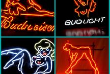 Neon Signs / Come over here to see all kinds of neon signs!