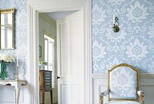For the Love of Bold Wallpaper / by Kelsey Cameron