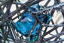Guggenheim Venice Gate / Glass and metal details