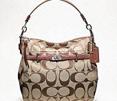 Bags / by Dena Ybarra