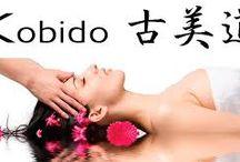 """soin visage Kobido / """"KOBIDO"""", modelage facial japonais ?  C'est une façon simple et sans appareil de travailler sur les méridiens ainsi que sur certains point d'acupuncture, destiné à embellir et rajeunir le visage.  Fini les injections et autres techniques abrasives pour la peau :  Les rides sont diminuées, les imperfections estompées, la peau retrouve son élasticité, les muscles du visage sont tonifiés, une détende et une relaxation de l'ensemble des muscles du visage"""