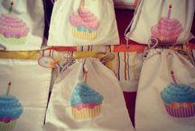 cupcake drawstring bag and polkadots box paper