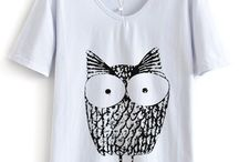 Crazy about T-shirts / by Livia Jacome