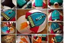 Spaceship cakes