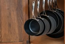 Organising kitchen: storage handy solutions