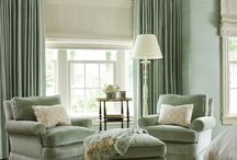cozy seating / by Joan Schultz