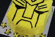 Bumblebee cakes