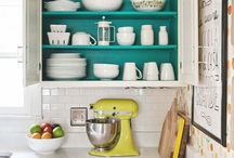 Kitchen colours and accents
