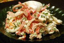 Салаты с рыбой и морепродуктами / Салатики на любителя - кому кальмара, а кому и шпротинку))))