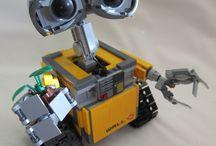 LEGO, Models & Figurines