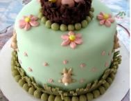 Easter cake decorating