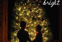 Christmas photo ideas. :) / by Amanda Mayberry