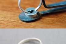 Silver stone set ring