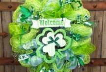 St. Patrick's Day Wreath Ideas / by Rhonda Ellis