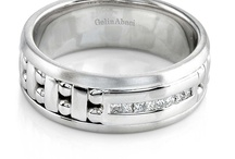 Wedding Bands for Him / Take a look inside our Amoré Collection.