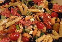 Food: Salad Daze / by Alice Baudoin