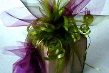 pretty paper ( ribbon / flowers ( all accessories