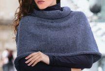 knit poncho/mantelle