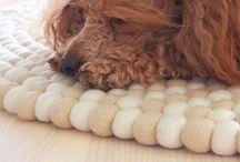 huopapallomatto feltballrug / beautiful rugs