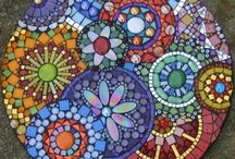 CRAFTS - MOSAICS / by Kathy Whitelock