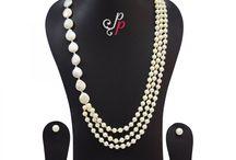Stylish grey biwa and white pearl necklace set