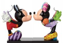 Disney Figurines - New For 2015 / The latest Walt Disney Figurines from Disney Traditions, Disney Enchanted, Disney Showcase and Disney by Britto collections.