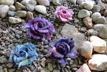 Felt Flowers / Felted flowers ... What's not to love?