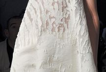 EMBROIDED APPLIQUE TEXTURE