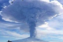Darurat Bencana Akibat Panas Api / Bencana alam kebakaran hutan, letusan gunung berapi dapat menimpa sewaktu-waktu dan tidak dapat dihindari. Karenanya penanganan yang tepat dan perencanaan darurat atau emergency bencana alam perlu diketahui. Selengkapnya https://1darurat.blogspot.com
